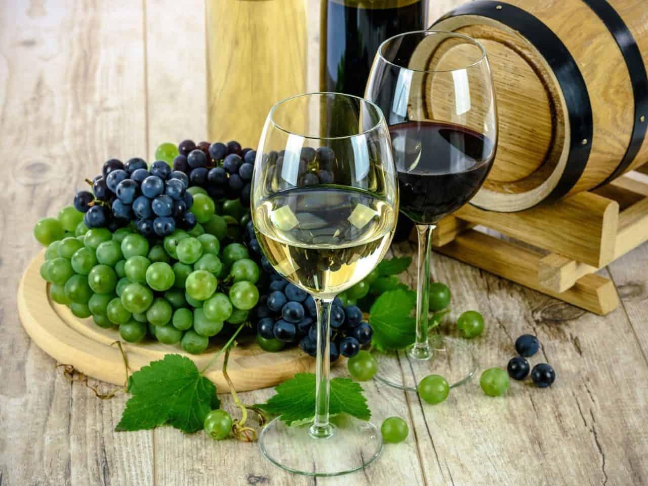 https://pr-helden.de/wp-content/uploads/2020/12/wine-1761613_1920-1280x960.jpg